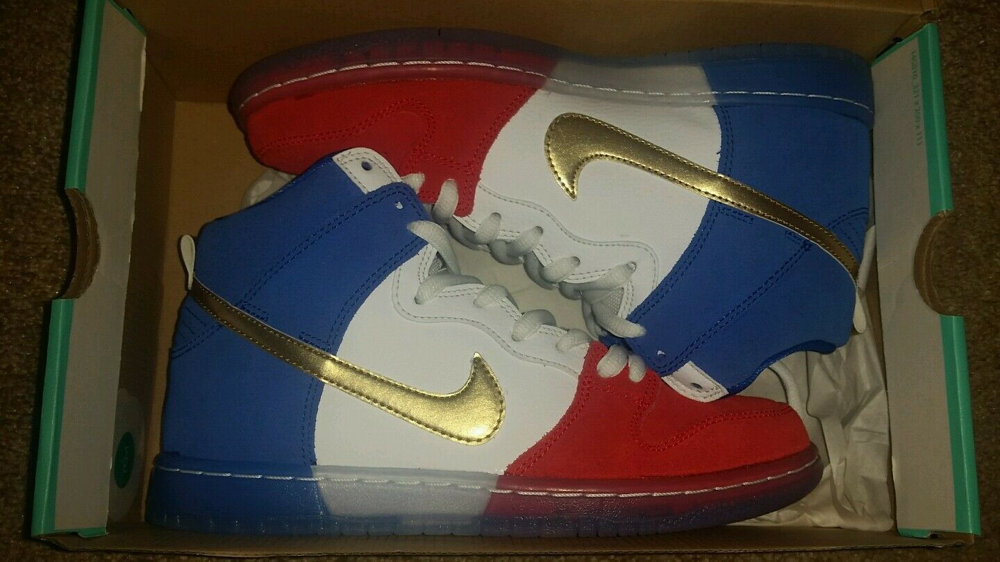 Brand New Nike Dunks Tri-Color Mens Size 7