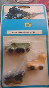 Bachmann-42518-Construction-set-consists-of-cement-mixer-bulldozer-and-dumper
