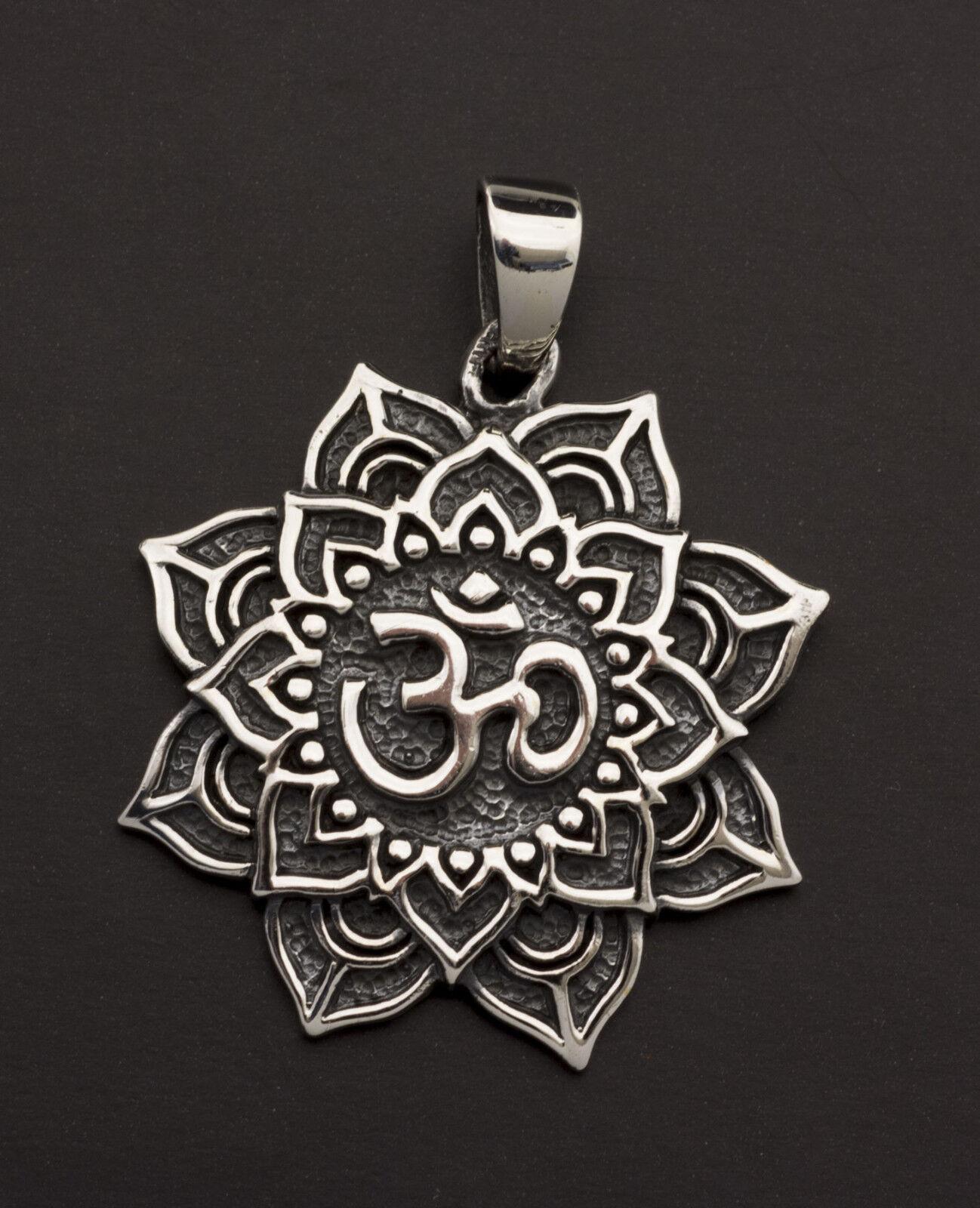 Pendentif tibetain Fleur Lotus Om silver massif 925 7g Bijoux Tibet 25852 K49