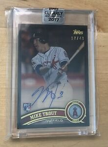 2017 Topps Clearly Authentic Mike Trout 2011 Topps Update RC Auto 17/40