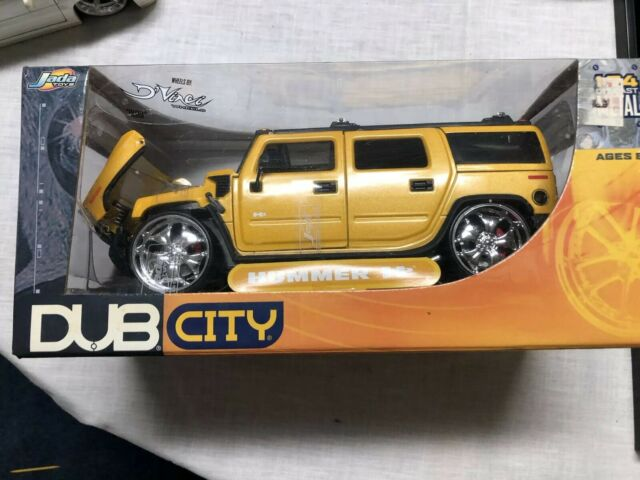 1:24 scale Dub City 2003 Hummer H2 Die-cast