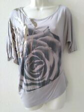 Women Clothes Gray Top with Rose Design
