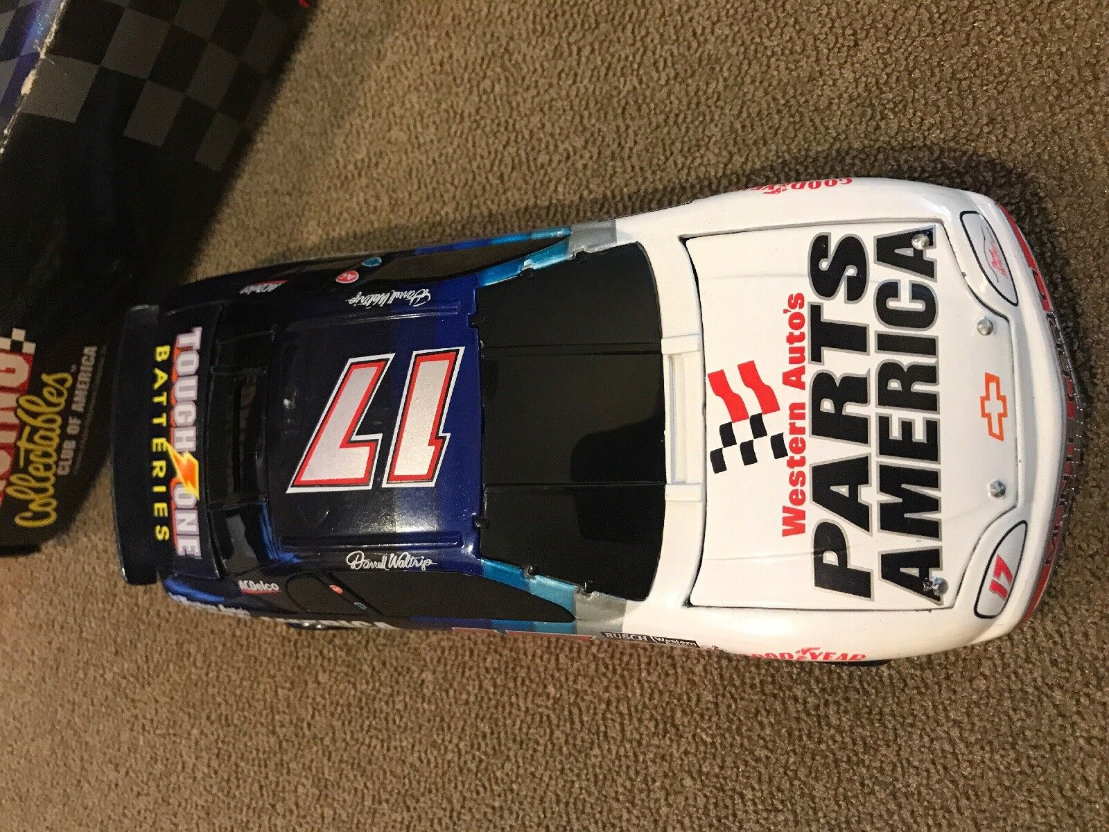 RACING COLLECTABLES DARRELL WALTRIP 1 1 1 24 SCALE Western Auto's (MB) 41f5ce