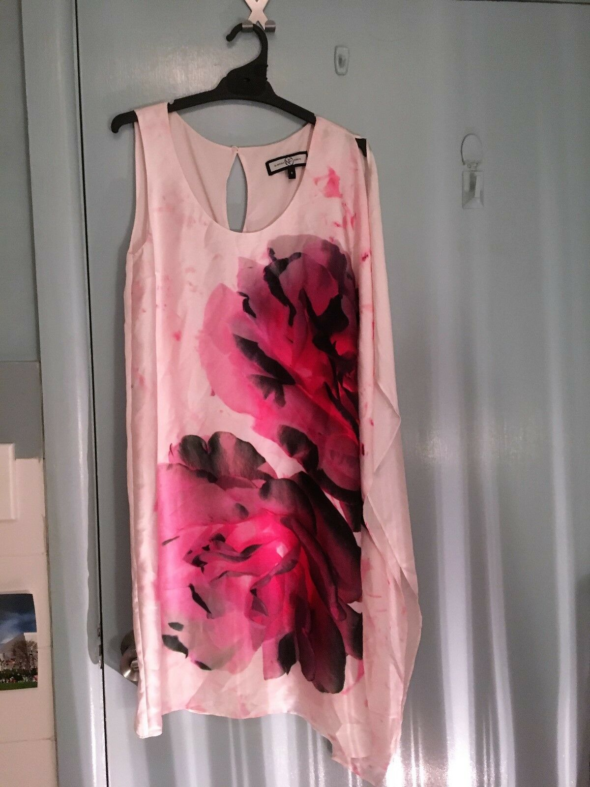 Nicola Finetti dress in cream with flowers in size 8