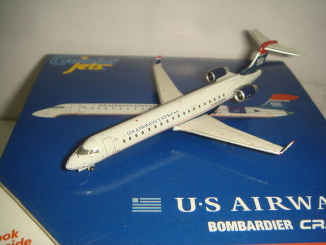 Gemini Jets 400 US Airways CRJ-700ER  2004s Coloree  1 400