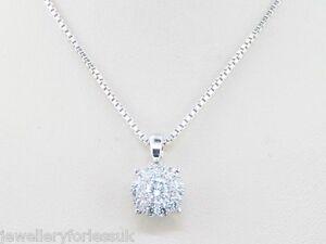 18Carat-White-Gold-Diamond-Quarter-Carat-Cluster-Pendant-0-25-F-VS-amp-16-034-Chain