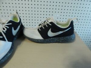 Mens Nike ID Custom Roshe One Essential Lightweight Shoes 943711 991 ... f3dbf7e4d
