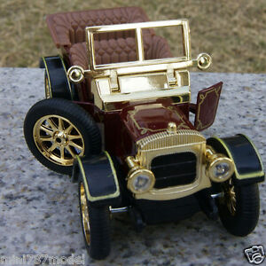 Vintage-Model-Cars-Classic-Cabrio-5-034-Sound-amp-Light-Pull-Back-Toys-Collection-amp-Gifts