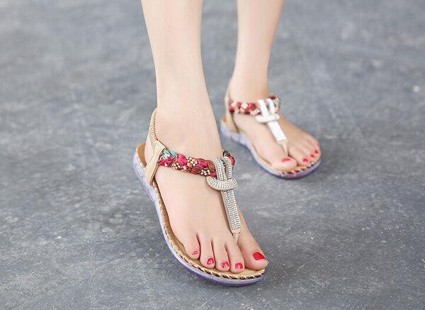 Sandales femmes Talon Bas Tongs Couleuré Beige Confortable Cuir Synthetique Cw857