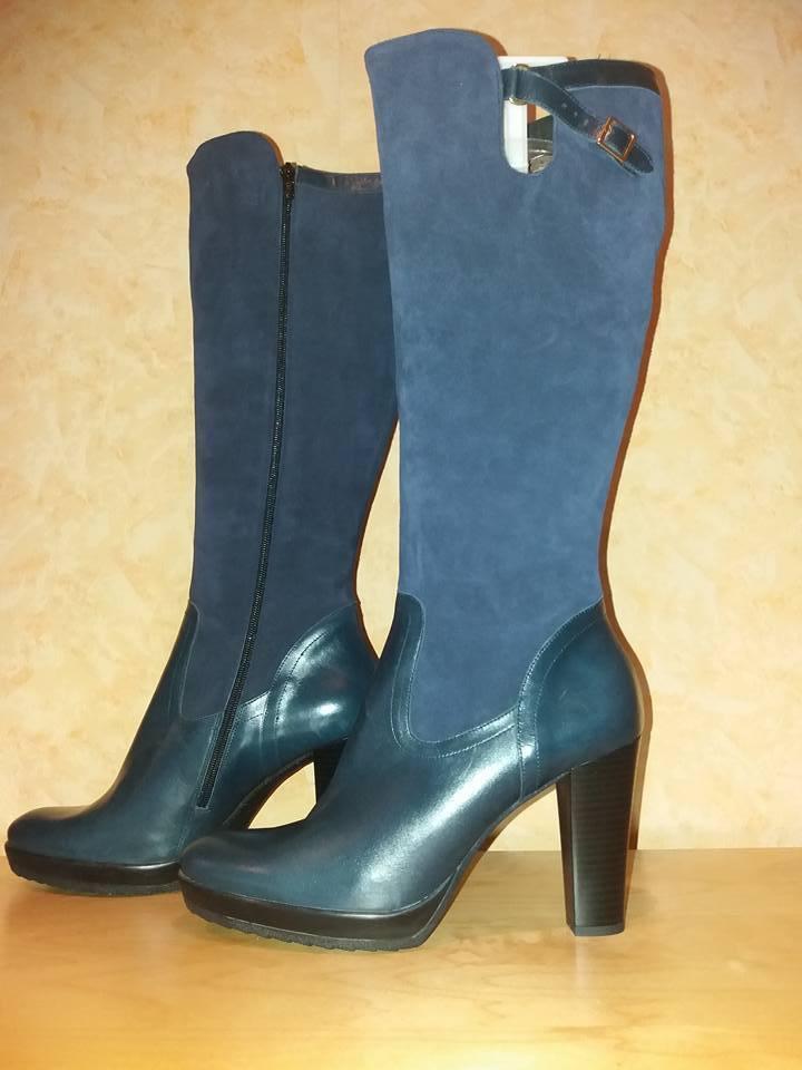 Alba Moda femininer Stiefel mit RV NEU Gr. 41 F in marine & weichem Mixleder