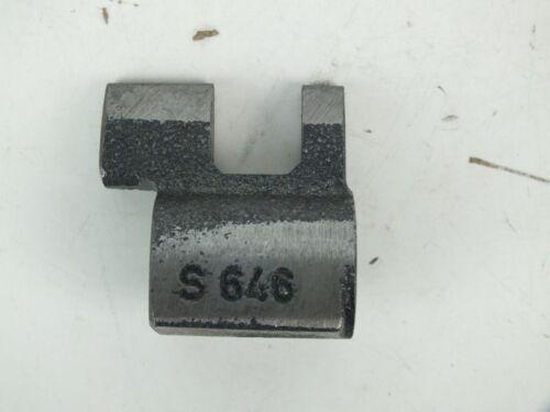 New Crown 8132414 3rd /& 4th Gear Shift Fork Lug