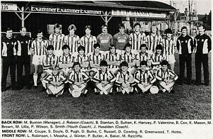 HUDDERSFIELD-TOWN-FOOTBALL-TEAM-PHOTO-gt-1982-83-SEASON