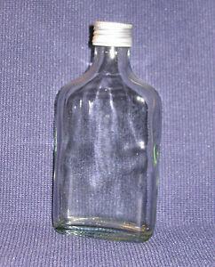 10 flaschen glasflaschen flachm nner 200 ml leer mit schraubverschluss neu ebay. Black Bedroom Furniture Sets. Home Design Ideas