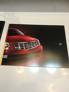2006 Cadillac DTS Series 36-Page Deluxe Dealer Sales Brochure