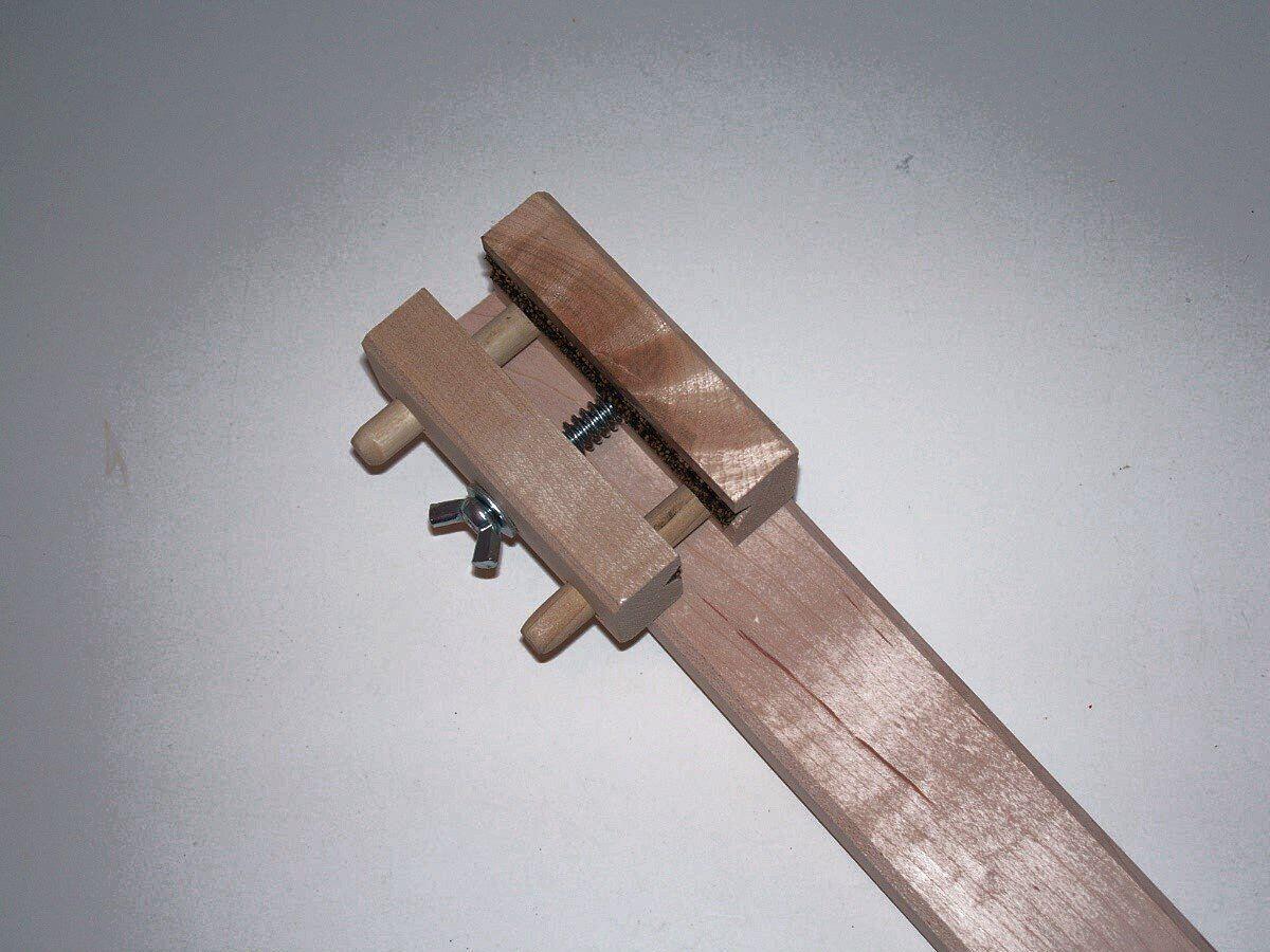 Juzek Juzek Juzek Arco re Cabello Jig, la agitación con acolchado superficie para el arco, se ajustará a una 26d9d1