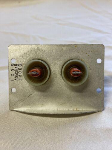NOS Pair of HV Feedthrough Capacitors In Panel 500pF 15kV 5021