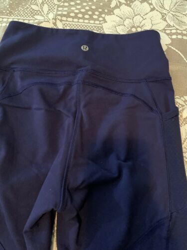 Lululemon Womens 6 Navy Blue With Mesh Athletic Le