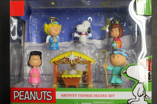 PEANUTS NATIVITY DELUXE FIGURE SET ANNUAL CHRISTMAS PAGEANT-CHARLIE LUCY SNOOPY