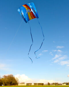 Flexifoil-0-75m-Kids-Kite-Easy-to-Fly-Family-Outdoor-Games-Activity-Flying-165ft
