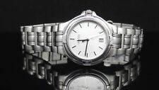 208c130aa17 item 2 Gucci 9040M Series Date Silver Tone Dial Stainless Steel Round Men s  Watch -Gucci 9040M Series Date Silver Tone Dial Stainless Steel Round Men s  ...