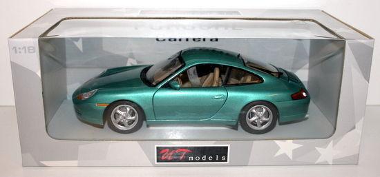 UT MODELS 1 18 - 27901 PORSCHE 911 (996) COUPE - METALLIC GREEN
