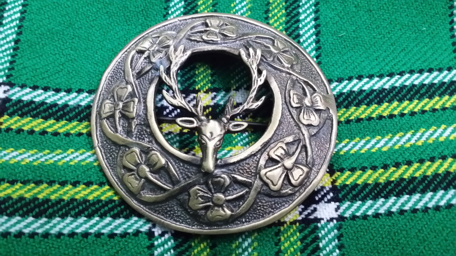 Men's Scottish Traditional Fly Plaid Brooch Stag Head Antique 3
