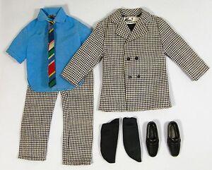 Vintage-KEN-1434-BIG-BUSINESS-Houndstooth-Suit-Blue-Shirt-Tie-Socks-Shoes-1970