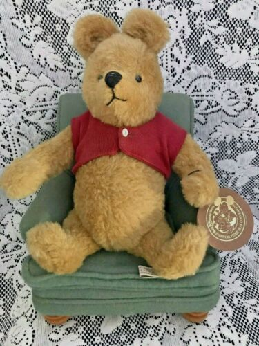 R. John Wright Winnie the Pooh and His Favorite Chair #68/500, signed by artist