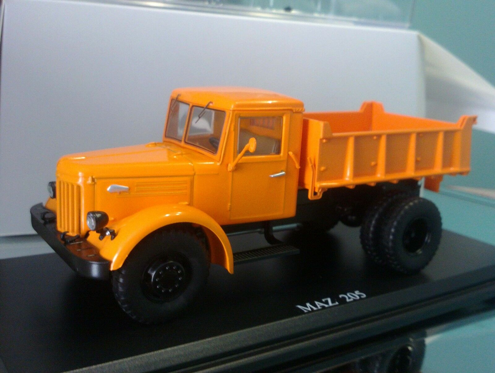 1 43 MAZ-205 URSS Soviética camión limitar la versión SSM1052
