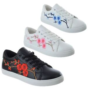 WOMENS FLORAL EMBROIDERED FLAT LACE UP
