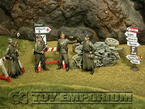 """Custom Built & Weathered 1:35 WWII German """"Feldgendarmerie"""" Soldier Set (4)"""