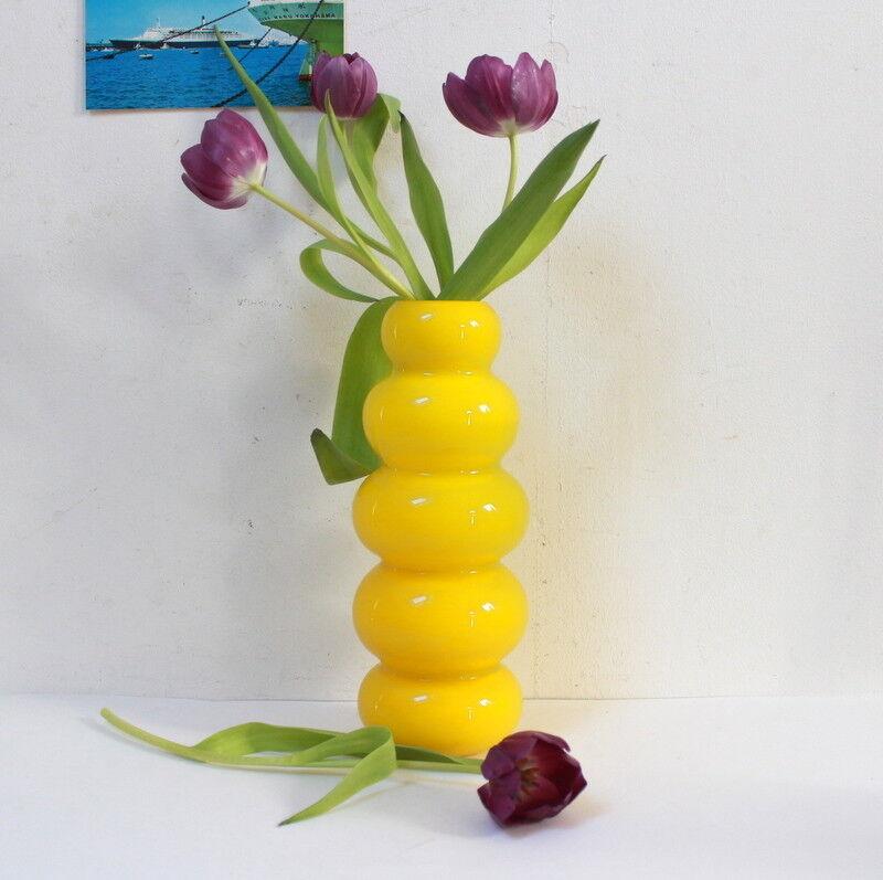 Vase en verre Gelb séventies vintage 1970