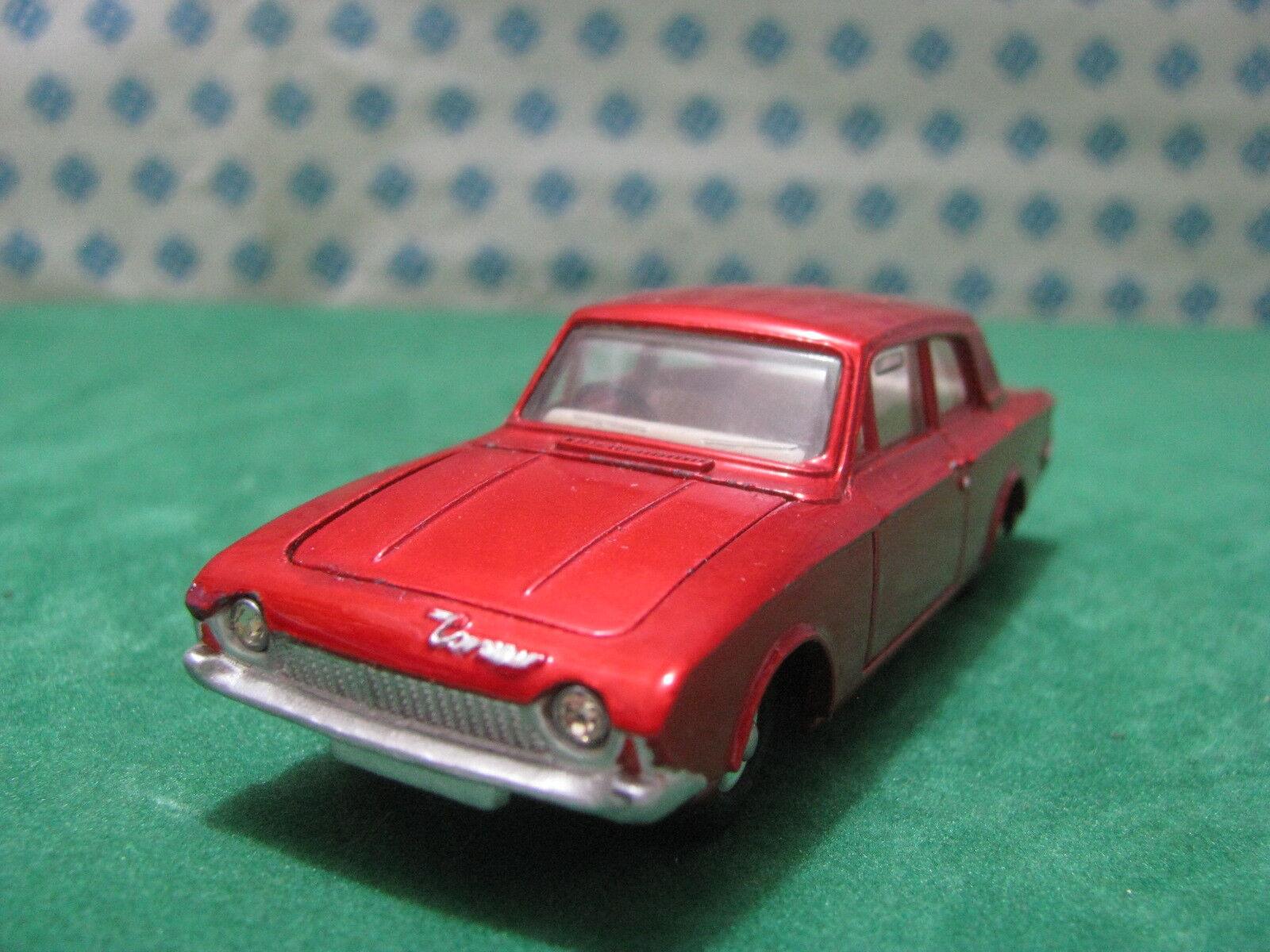Vintage  -  FORD CORSAIR   -  1 43  Dinky toys 130     ètat neuf