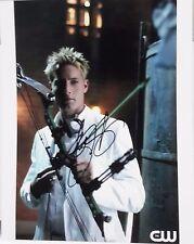 "Smallville Autograph 8x10 Photo Justin Hartley ""Green Arrow"" (LHAU-825)"