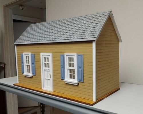 Traditional Cottage//workshop//pool room// mini store 1:12 scale Dollhouse