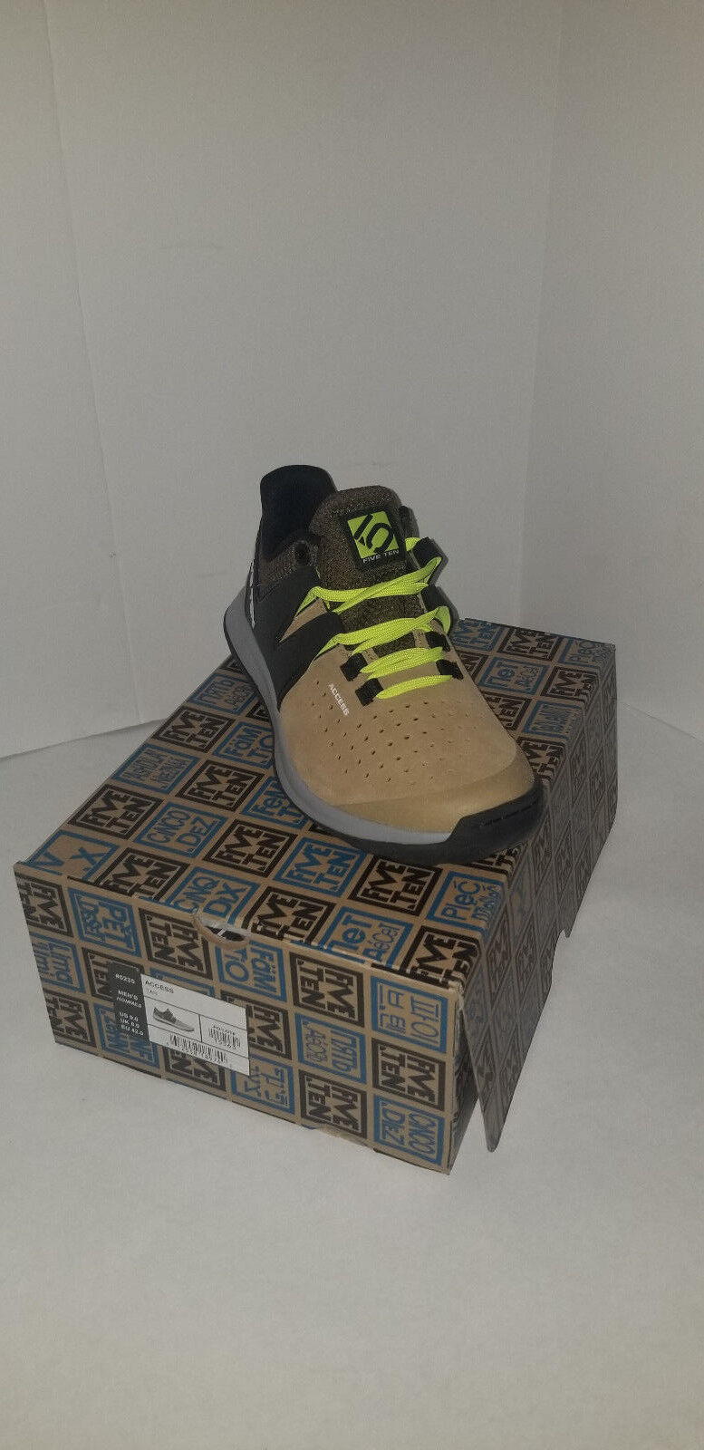 NEW Five Ten Access Men'sLeather Approach shoesS BROWN GREEN Size  8.5  stadium giveaways