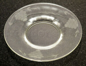 Image is loading Decorative-Etched-Clear-Glass-Grape-Saucer-Plates & Decorative Etched Clear Glass Grape Saucer Plates | eBay