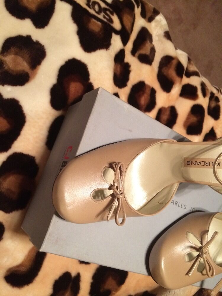 New Charles Jourdan High Heel Tan SlingBack Schuhes Bow With Ankle Strap And Bow Schuhes 8.5 90448e