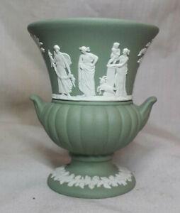Vintage-Wedgwood-Green-Jasperware-Twin-Handled-Ribbed-Small-Posy-Vase-Urn-Pot