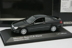 Minichamps-1-43-Mercedes-CLK-Coupe-Noire