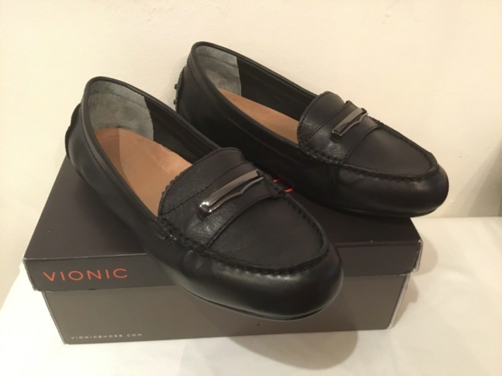 Vionic Orthotic Honor Ashby Leather Loafer w/ FMT Technology- choose a colour