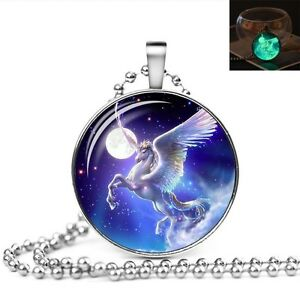 UK-GLOW-IN-THE-DARK-UNICORN-LARGE-PENDANT-NECKLACE-Jewellery-Gift-Idea-Moon-Girl