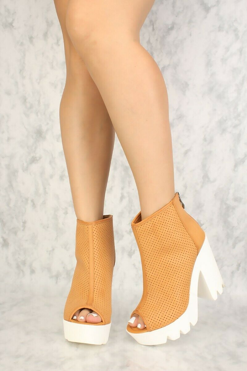 New Lot Perforated Open Open Open Toe Cut Out Ankle straps Wedges Faux Leather 659977