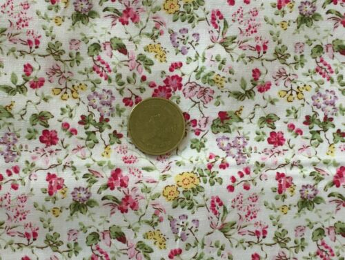 1:12 scale multicolore motif fleuri sur blanc tissu de coton tumdee maison de poupées mzk