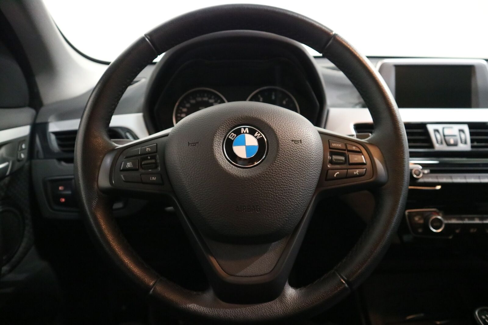 BMW X1 2,0 sDrive18d - billede 3