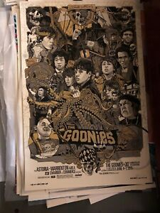 The-Goonies-Tyler-Stout-Gold-Variant-Signed-Numbered-Stamped-Mondo-artist