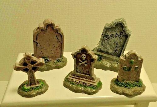 Dollhouse Miniature Fairy garden Resin Halloween Spooky set 5 Tombstones