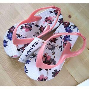 Old Navy Kid girl pink floral flip flop