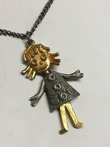 Vintage-Art-Jewelry-Co-Two-Tone-Articulated-Girl-Pendant-16-034-Necklace