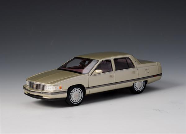 Sconto del 40% GLM Cadillac Sedan Sedan Sedan DeVille 1994 (oro) 1 43 43100602 1 43 1 43  offerta speciale